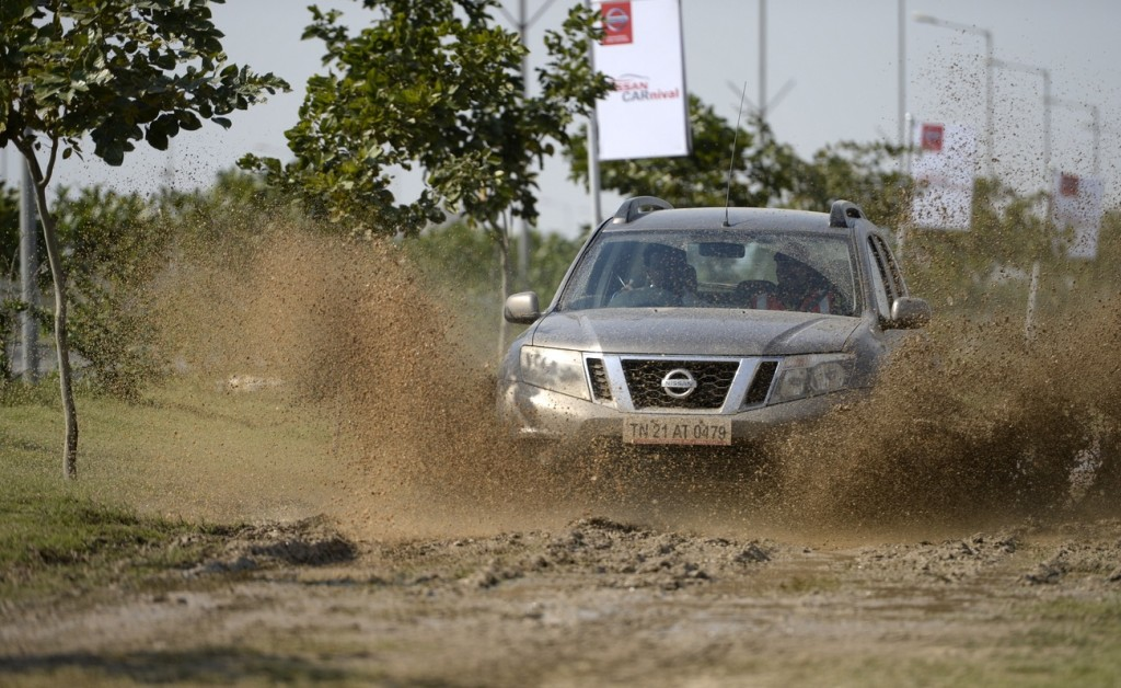 nissan terrano 2016 off-road